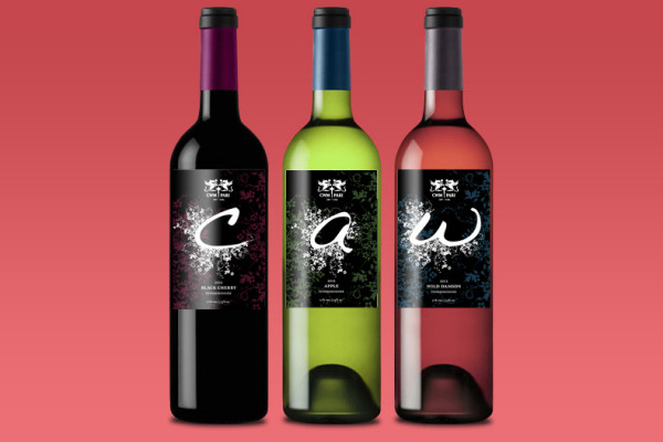Cwm Pari wine labels
